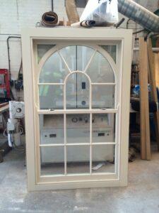 arched sash window